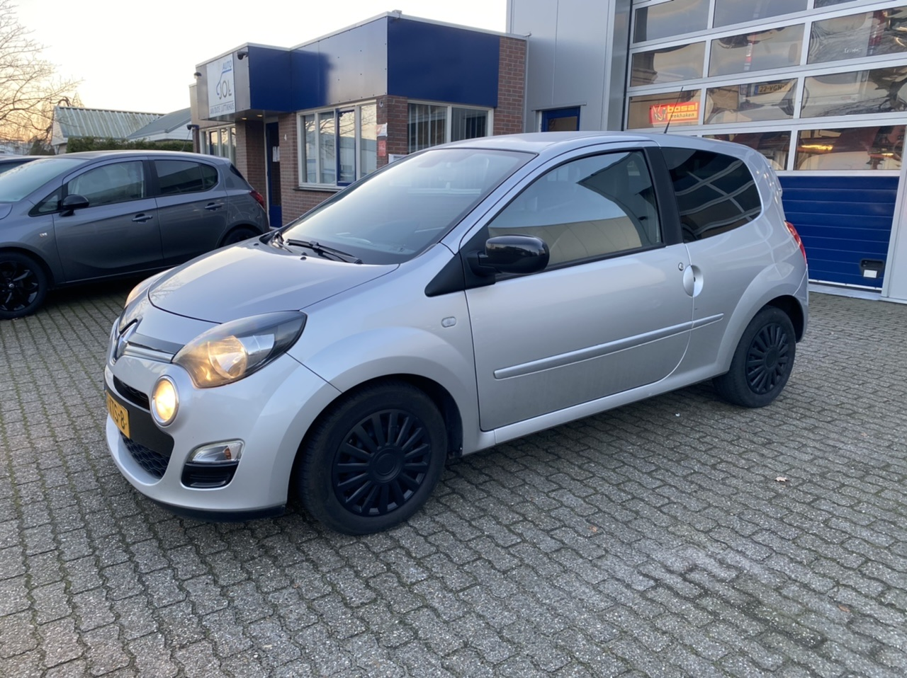 Renault Twingo 1.2 16 V - airco - cruise control